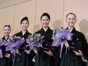 『レビュー・ステイション』2016.3.1宝塚音楽学校卒業式(102期生)2