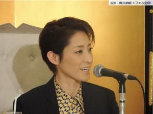 轟悠さん退団記者会見3